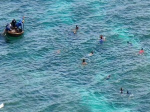 Tin tức trong ngày - Rơi xuống biển, một đại úy hải quân mất tích