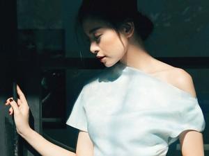 Thời trang - Ngô Thanh Vân khoe nét đẹp u buồn trong sớm mai