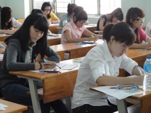 """Giáo dục - du học - Thi THPT quốc gia 2015: """"Nghịch lý"""" phân bổ cụm thi ở TP.HCM"""