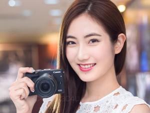 Mỹ nữ và công nghệ - Ngắm vẻ đẹp 'thánh thiện' bên máy ảnh Canon