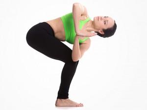Thân hình thon đẹp mỹ mãn với 5 bài tập yoga