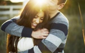 Bạn trẻ - Cuộc sống - Thơ tình: Anh thích em hơn
