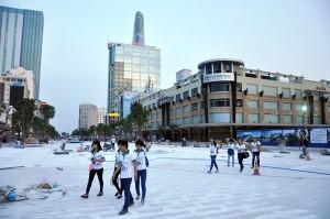 Tin tức trong ngày - Ngắm quảng trường, phố đi bộ đầu tiên ở TP.HCM