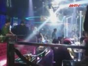 Video An ninh - Cảnh sát kiểm tra hàng trăm dân chơi lúc rạng sáng