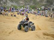Tin bên lề thể thao - Giải đua xe địa hình trên cát: Còn đó những hấp dẫn…