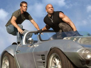 """""""Fast & Furious 7"""" vẫn gây bão toàn cầu với doanh thu khủng"""