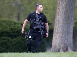 Tin tức trong ngày - Mật vụ Mỹ khổ sở vì bé 4 tuổi đột nhập Nhà Trắng