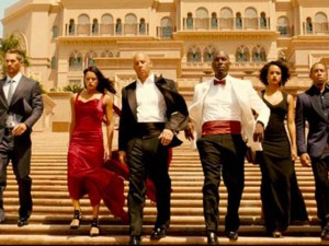 Fast & Furious 7 là phim ăn khách nhất lịch sử phòng vé VN