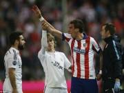 """Video bóng đá hot - Mandzukic liên tục bị hàng thủ Real """"hành hung"""""""