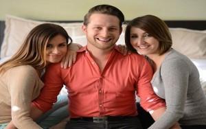 Tình yêu - Giới tính - Gia đình hạnh phúc của một ông chồng và hai cô vợ