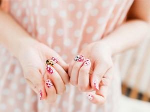 Chăm sóc da - 5 cách làm hay giúp bàn tay luôn sạch và trắng mịn
