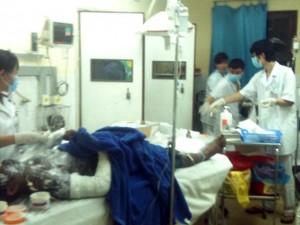 Tin tức Việt Nam - Quảng Ninh: 6 người bỏng nặng, dính đầy bụi than