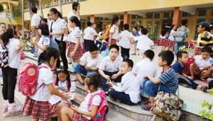 Giáo dục - du học - Cấm thi vào lớp 6: Đổ xô đi luyện IQ, EQ và tiếng Anh