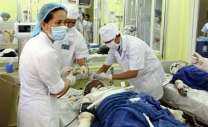 Tin tức Việt Nam - 6 người bị bỏng nặng: Khởi tố vụ án, bắt giam 2 đối tượng