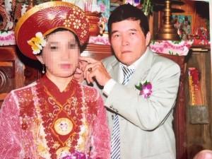 An ninh Xã hội - Bắt cụ ông U70 lừa tình gái trẻ