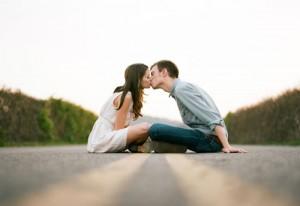 Thư tình: Đừng hỏi tại sao ta yêu người