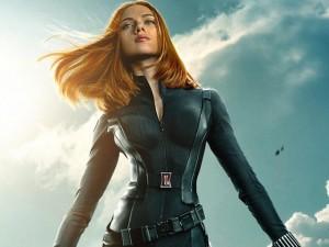 Avengers  nhá hàng  chuyện tình Black Widow và Hulk