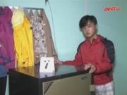 """Video An ninh - Tên trộm táo tợn phá két sắt """"cuỗm"""" gần 300 triệu đồng"""