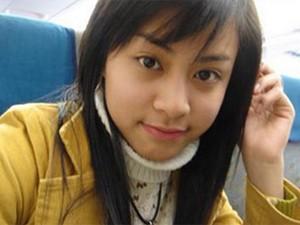 """Ca nhạc - MTV - """"Chết mê"""" với loạt ảnh Hoàng Thùy Linh thời đi học"""