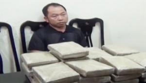 An ninh Xã hội - Nghệ An: Bắt quả tang vụ vận chuyển 25 bánh cần sa