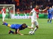 Bóng đá Pháp - Dùng tay cứu Juventus, Chiellini bị chế giễu