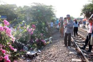 Tin tức trong ngày - Cố băng qua đường sắt, hai bà cháu chết thảm