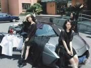 Giới trẻ - Nữ sinh lái Lamborghini đến trường bán quần áo