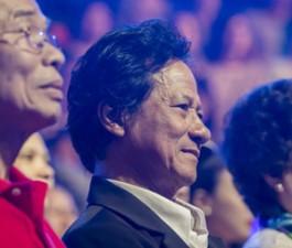 """Chế Linh """"chết điếng"""" với màn giả giọng của Mai Quốc Việt"""