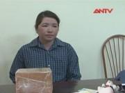 """Video An ninh - Bắt """"nữ quái"""" chuyển 5 bánh heroin từ Lào về Việt Nam"""