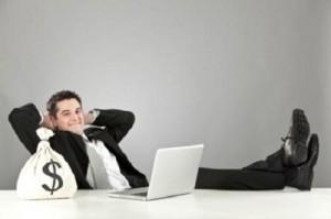 Tài chính - Bất động sản - Công việc lương cao, nên bỏ để khởi nghiệp?