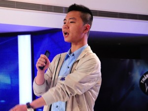 """Ca nhạc - MTV - """"Bản sao Sơn Tùng M-TP"""" phản đối BGK Vietnam Idol"""