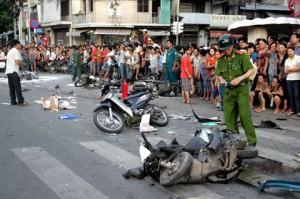 Tin tức trong ngày - Gần 700 người chết vì tai nạn giao thông trong 1 tháng