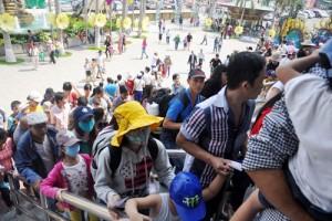 """Tin tức Việt Nam - Nhiều người Sài Gòn """"hành xác"""" trong khu du lịch"""