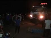 Camera hành trình - Xe máy đấu đầu xe chở xăng, 2 thanh niên chết tại chỗ