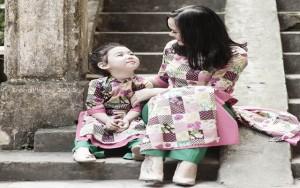 Bạn trẻ - Cuộc sống - Ngắm ảnh áo dài tuyệt đẹp của mẹ đơn thân và con gái