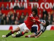 Video bóng đá hot - Tranh cãi: MU phải được hưởng 2 quả phạt đền