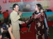 Vợ chồng Thanh Thanh Hiền nắm tay song ca tình tứ
