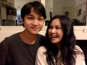 Ca nhạc - MTV - Thanh Lam khoe ảnh con trai đẹp như tài tử