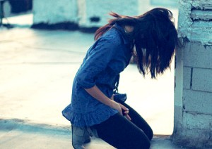 An ninh Xã hội - Thiếu nữ bị rạch mặt vì mâu thuẫn trên facebook