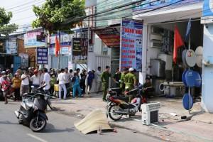 Tin tức trong ngày - Nổ bình gas máy điều hòa, 3 người thương vong