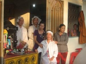 Tin tức Việt Nam - TNGT thảm khốc ở Trà Vinh: Tang thương 3 mái tranh nghèo