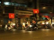 """Video An ninh - Hà Nội: Bắt 4 """"quái xế"""" đua xe lúc nửa đêm"""