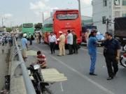 Video An ninh - Hiểm họa khi xe khách đường dài đua tốc độ