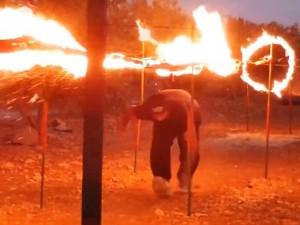 Tin tức trong ngày - IS tung video huấn luyện chiến binh vượt lưới lửa