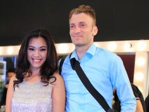 Ông xã hộ tống Phương Vy gặp dàn hotboy Vietnam Idol