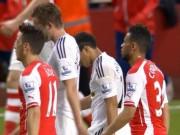 Bóng đá Ngoại hạng Anh - Arsenal gục ngã không đúng lúc: Dã tràng xe cát
