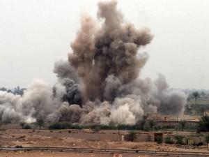 Thế giới - Video: Bom Mỹ phá tan vị trí chiến đấu của IS
