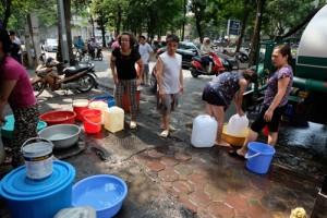 Tin tức Việt Nam - Công ty nước sạch cam kết cấp đủ nước cho người dân HN