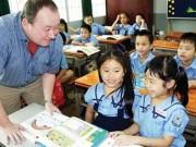 Giáo dục - du học - TP.HCM: Vận động 100% học sinh lớp 1 học Tiếng Anh