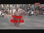 Tai nạn giao thông - Camera giấu kín: Bám theo tài xế vượt đèn đỏ